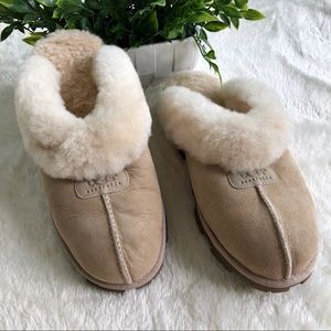 UGG tan/brown leather fur line slippers 11